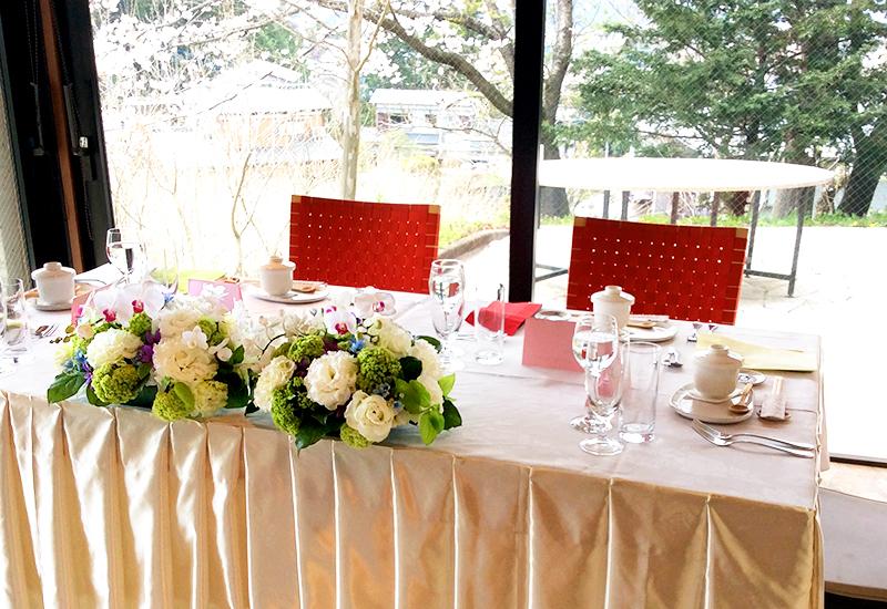 法事・宴会・会議など。落ち着いた空間と心を込めたお料理で、輝くあなたをサポートします。