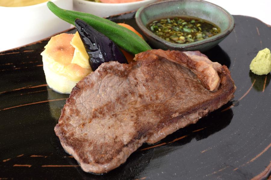 アンガス牛 サーロインステーキ(100g)